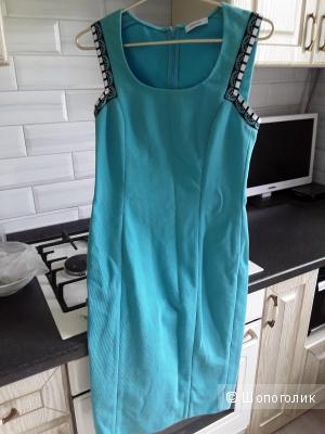 Платье Versace размер 46