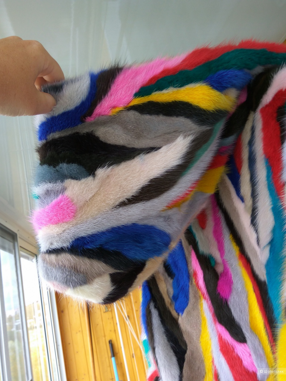 Норковая шуба с капюшоном по мотивам Fendi, размер 46-48-50, No name