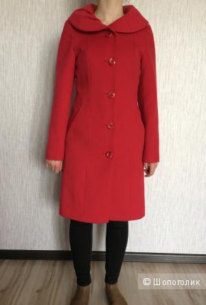 "Пальто 44 размера ""Калинка"""