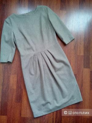 Платье бежевое шерсть Mistoria  размер 46-48.