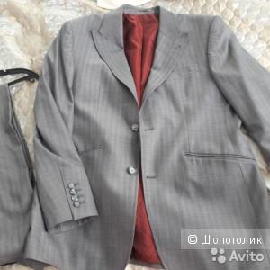 Костюм мужской Armani 100 процентная шерсть размер 48-50