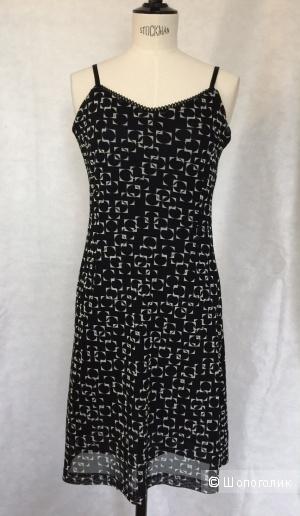 Коктельное платье в бельевом стиле марка U&F размер M
