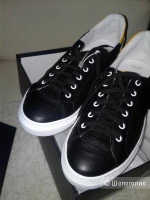 Кожаные кроссовки NBR¹
