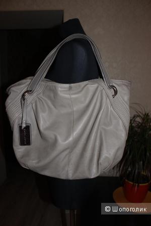 Большая сумка COCCINELLE, 100% натур.кожа, цвет кремовый беж