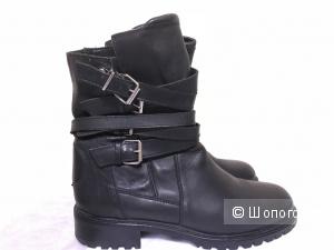 Ботинки ZARA(40)