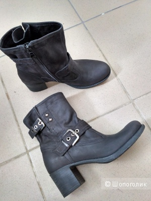 Ботинки Nero Giardini, 35, большемерят