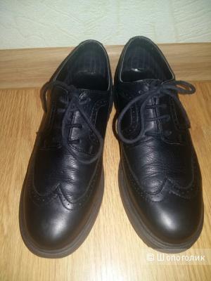 Zara, 37 р-р ботинки на мальчика