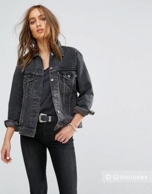 Джинсовая куртка Levi's модель Ex Boyfriend Trucker размер S