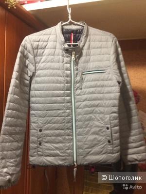 Куртка Duvetica 46-48 размера.