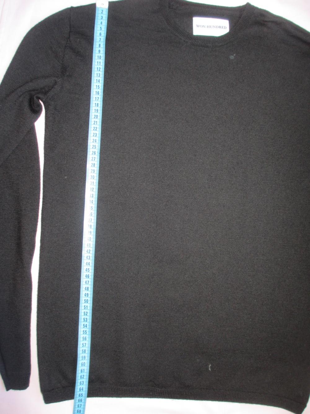 Черный свитер WON HUNDRED, размер S (большемерный)
