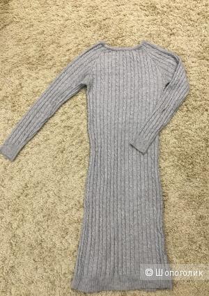 Платье, размер s-m.