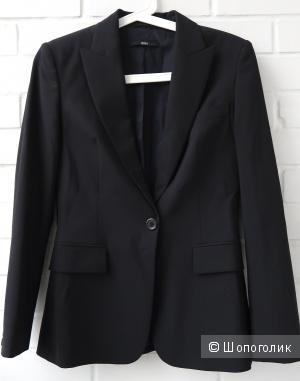 Идеальный костюм Hugo Boss. 40it размер