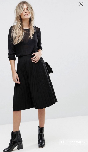 Плиссированная чёрная юбка миди Vero Moda S