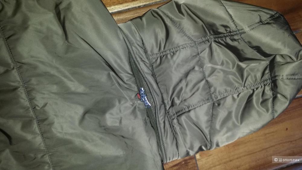 Мужская куртка  J.Lindeberg .46-48 р-р, оливковая.