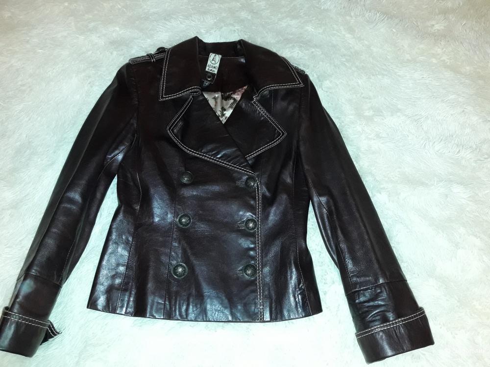 Короткая кожаная куртка, размер 42