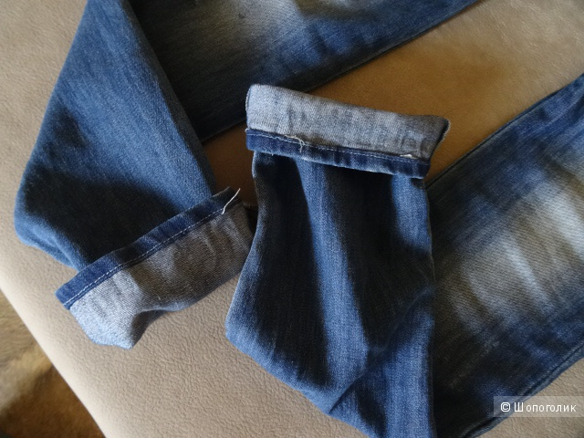 """Узкие джинсы с потёртостями, """"H&M"""", размер 44, б/у"""