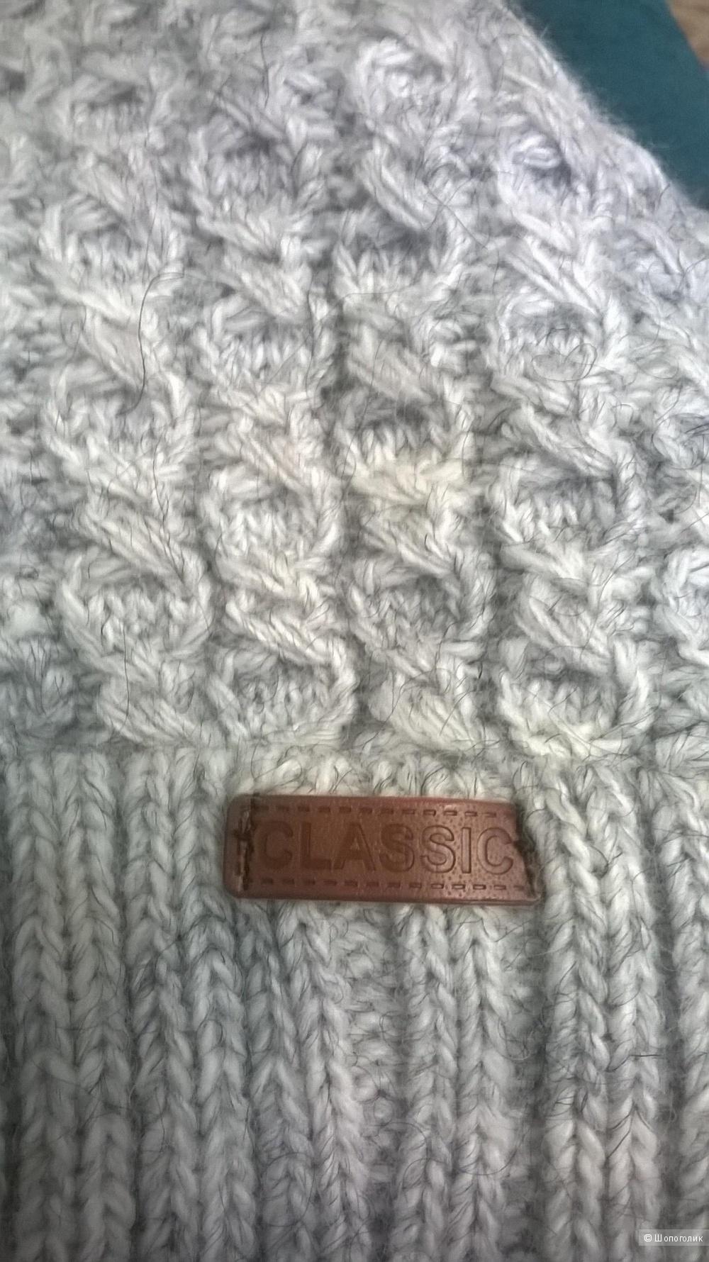 Зимняя женская шапочка, без бренда.