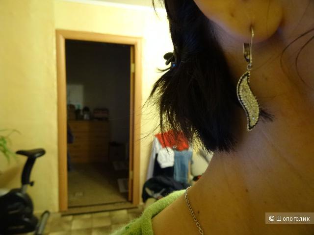 Серебряные серьги с подвеской с фианитами, б/у
