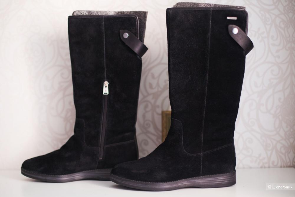 Зимние замшевые сапоги Rockport, 38-39  размер