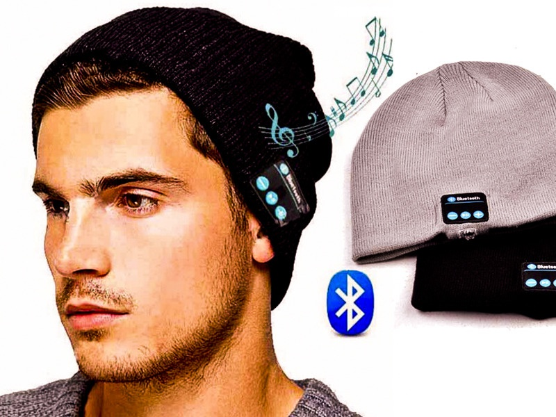 Шапка серая с Bluetooth