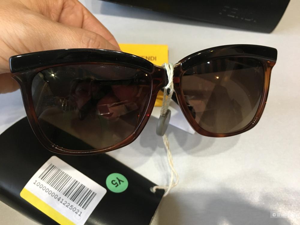 Солцнезащитные очки FENDI, Темно-коричневый