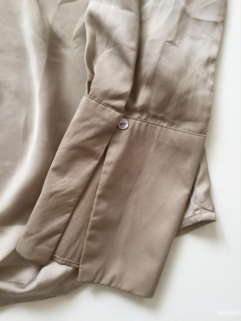 Элегантная блузка бежевого цвета марка AKOZ (PARIS) размер M