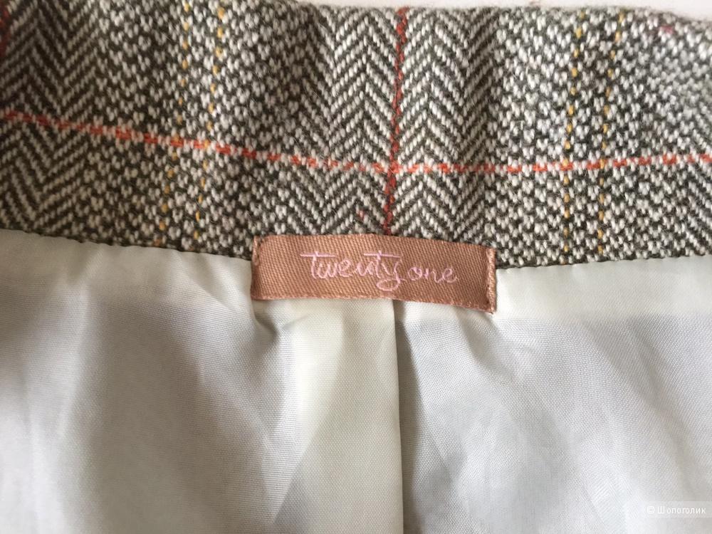 Жакет приталенный элегантного стиля марка TWENTYONE размер M