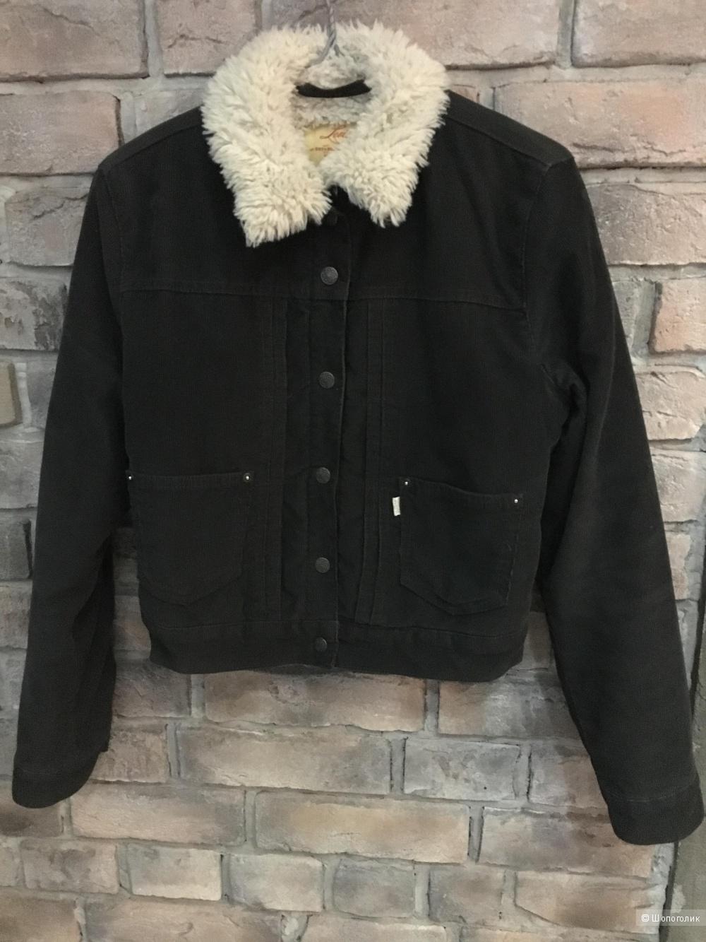 Куртка Levis оригинал, размер S