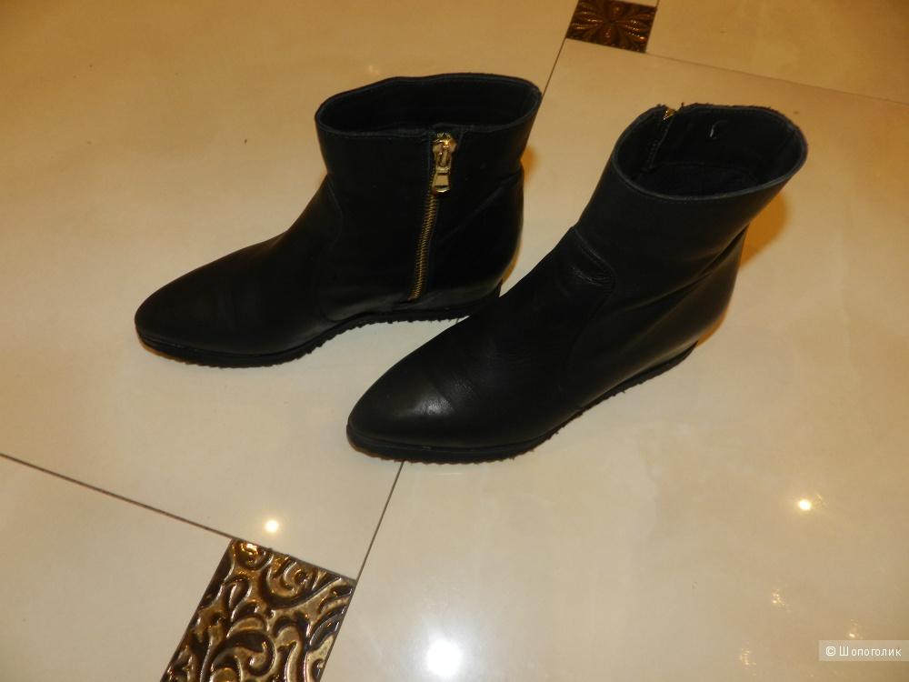 Ботинки кожаные LE PEPITE 36 размер