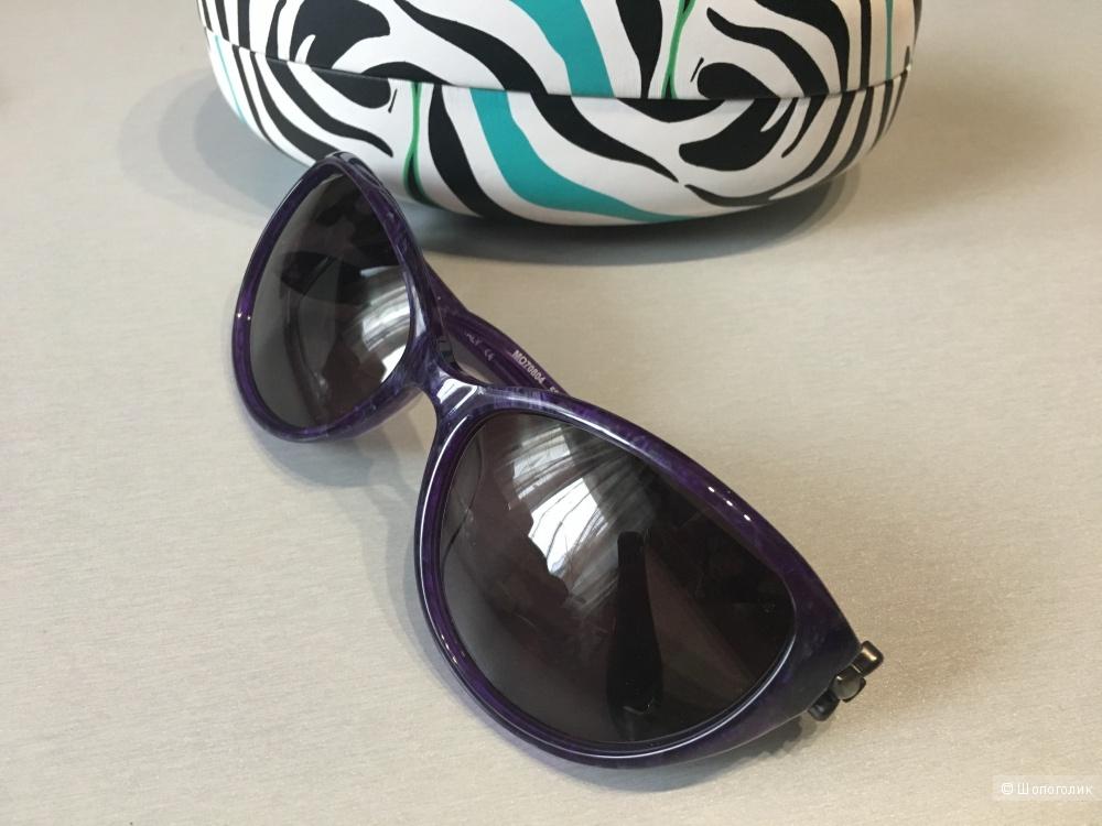Солнцезащитные очки Moschino в стиле cat eyes. Фиолетовые.