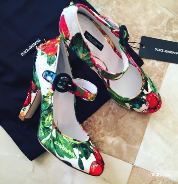 Шикарные туфли Dolce Gabbana оригинал. Размер 39,5.