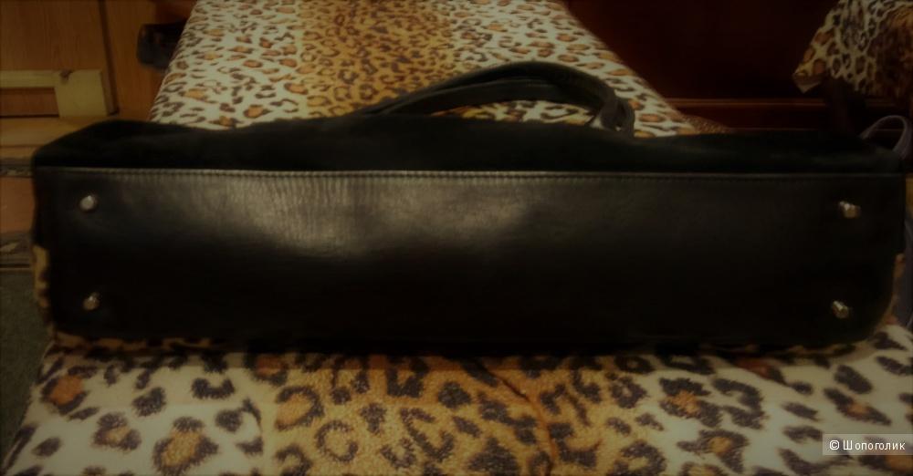 Замшевая сумка с леопардом,Valentino Rossi.