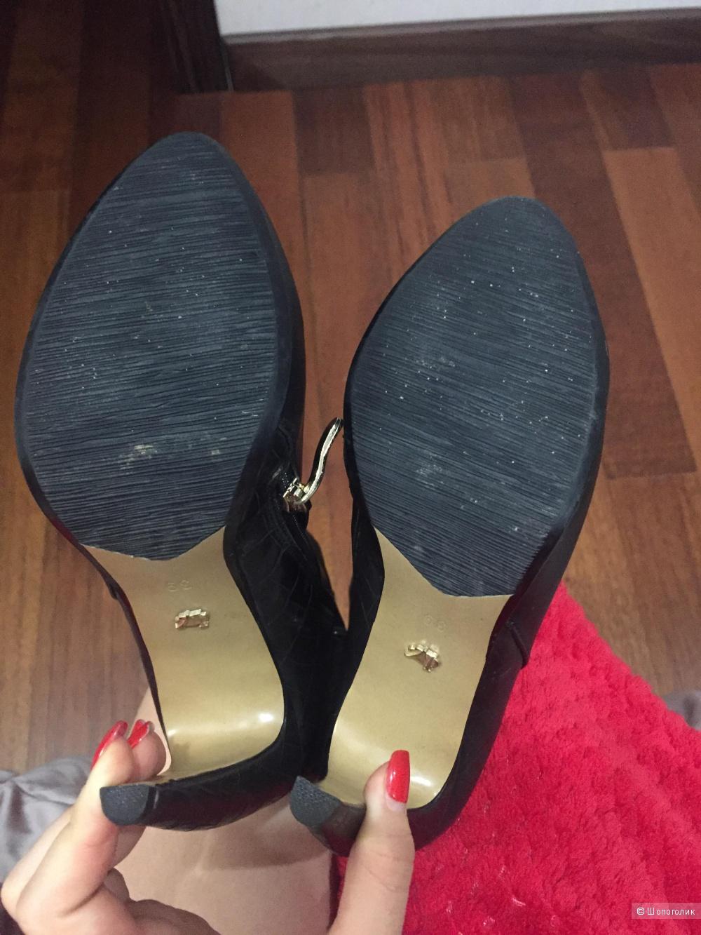 Сапоги Laura Valarosa 39 размер