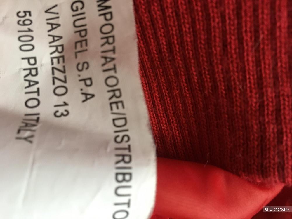 Ярко-красная куртка размер L