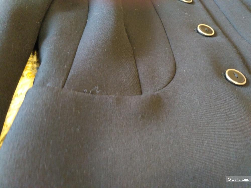 Костюм MEXX с короткой юбкой размер 42-44 наш (34-36 немецкий)