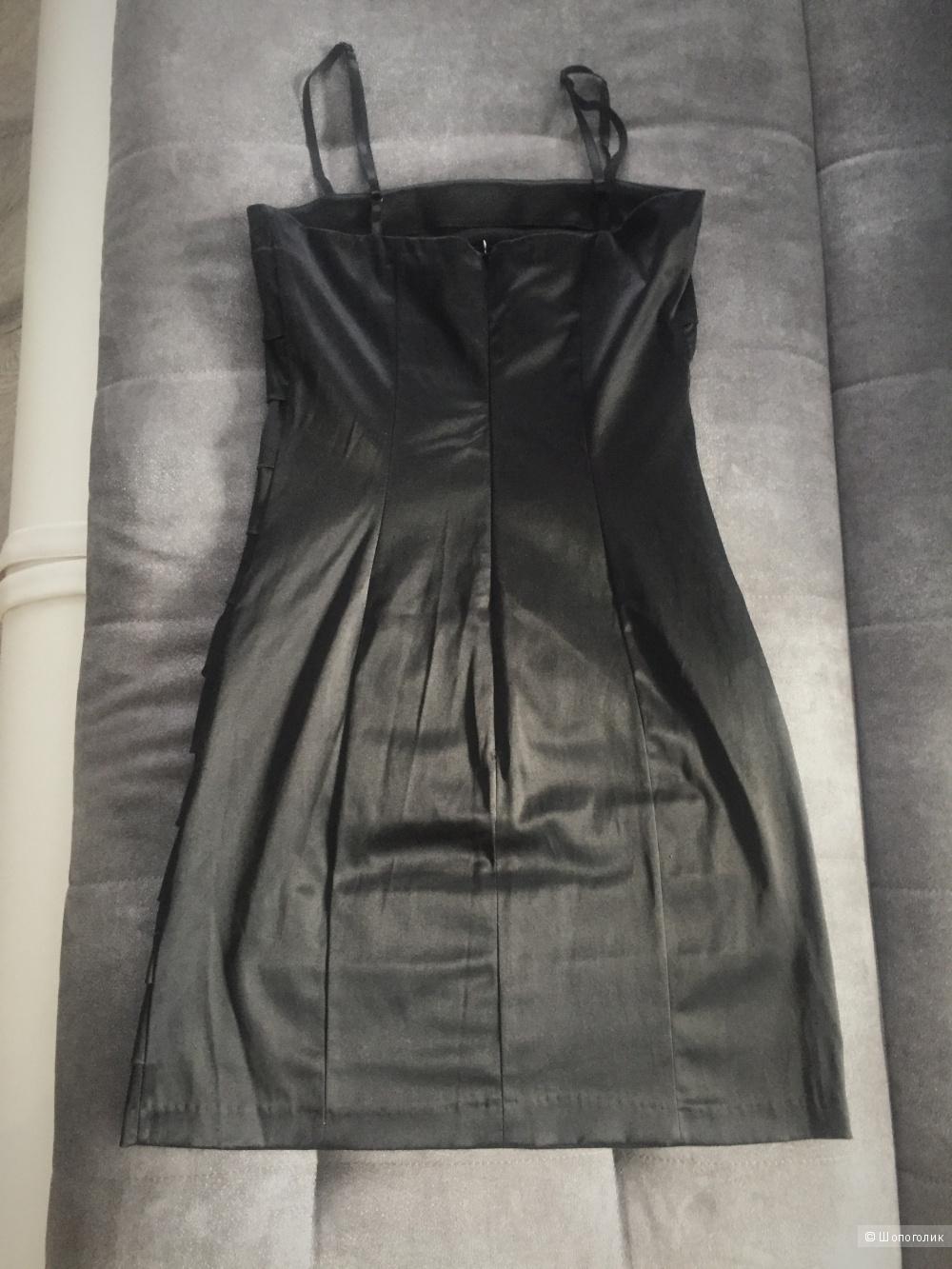 Чёрное платье Rinascimento, размер S