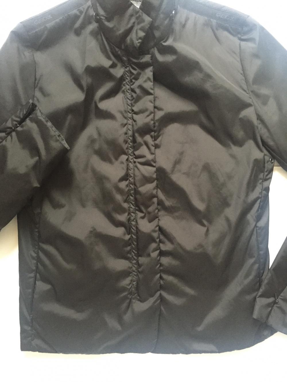 Куртка чёрная  Geox размер 42/44