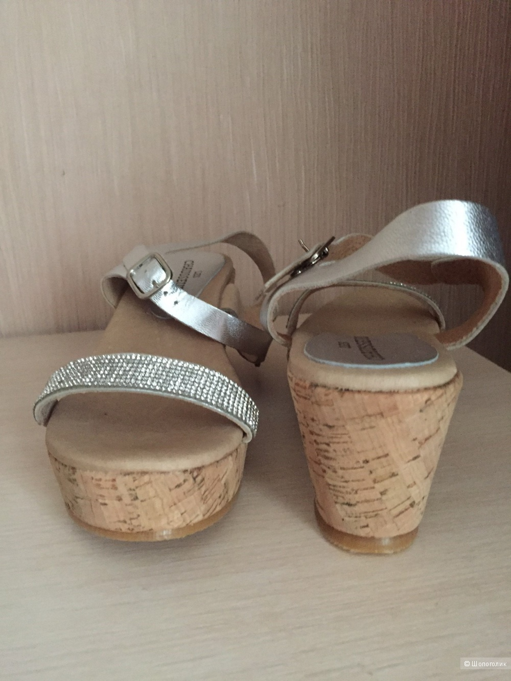Новые сандалии фирмы  LES CHAUSSEURS размер 38