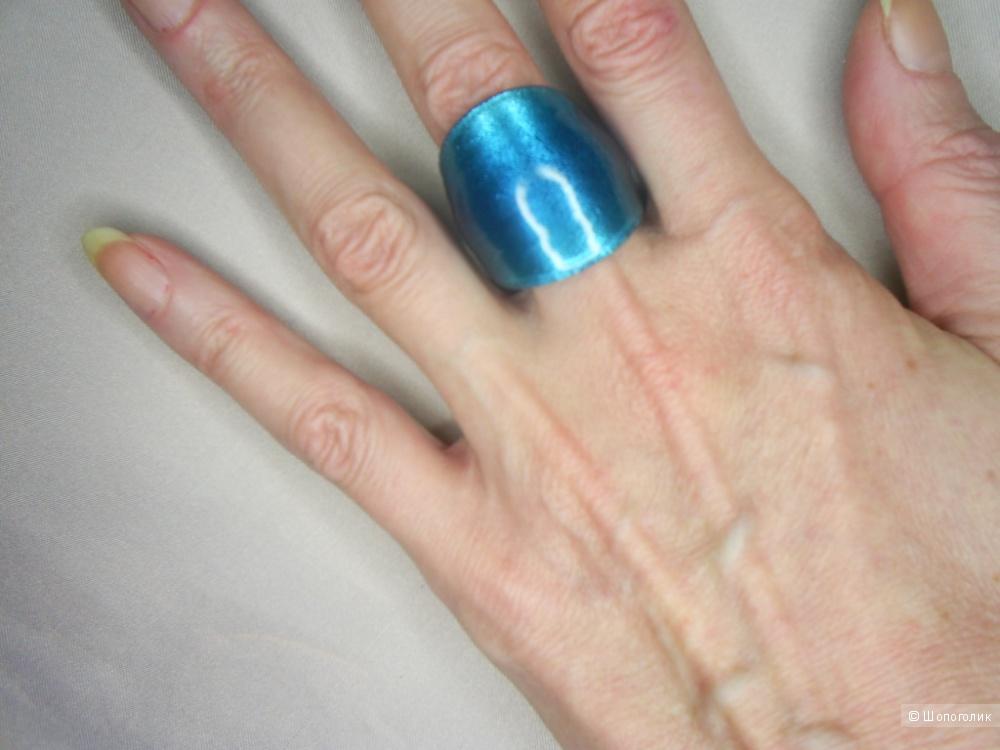 Кольцо из стекла мурано р 18-19.