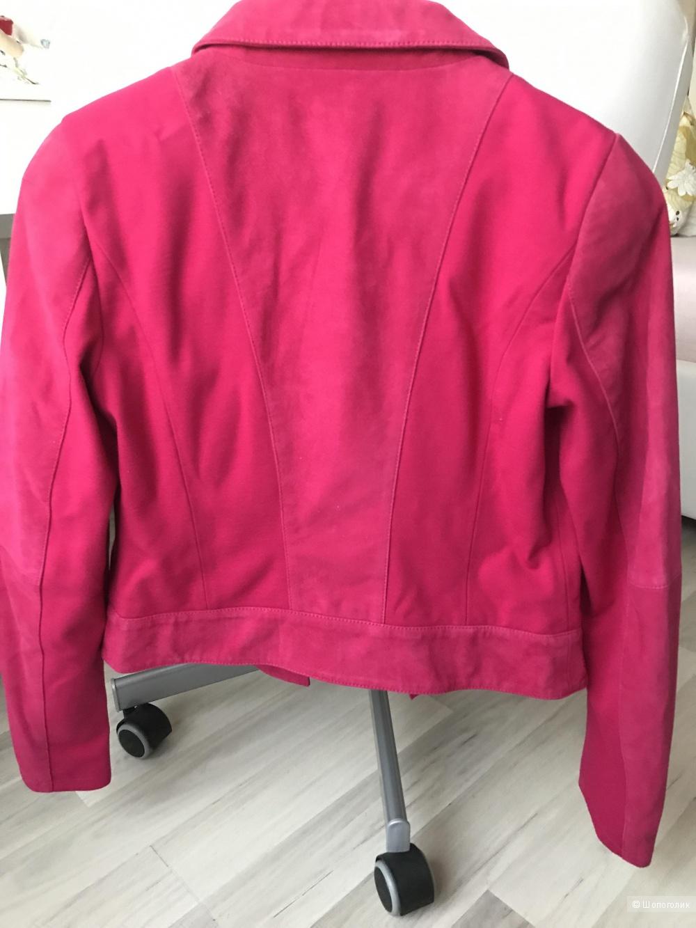 Новая замшевая куртка Liu Jo,42It