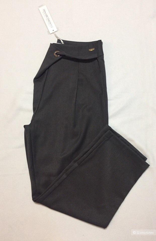 Новые брюки Rinascimento s-m