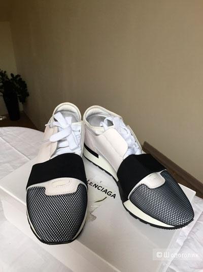 Кроссовки Balenciaga женские, 39 размер, белые с серым
