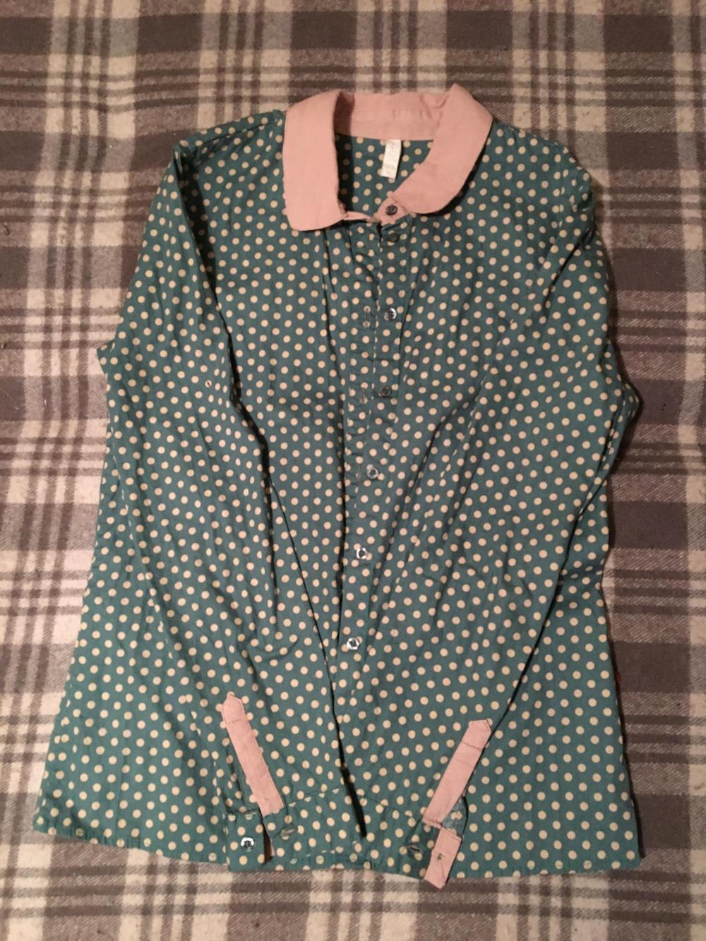 Хлопковая рубашка в горошек, размер S