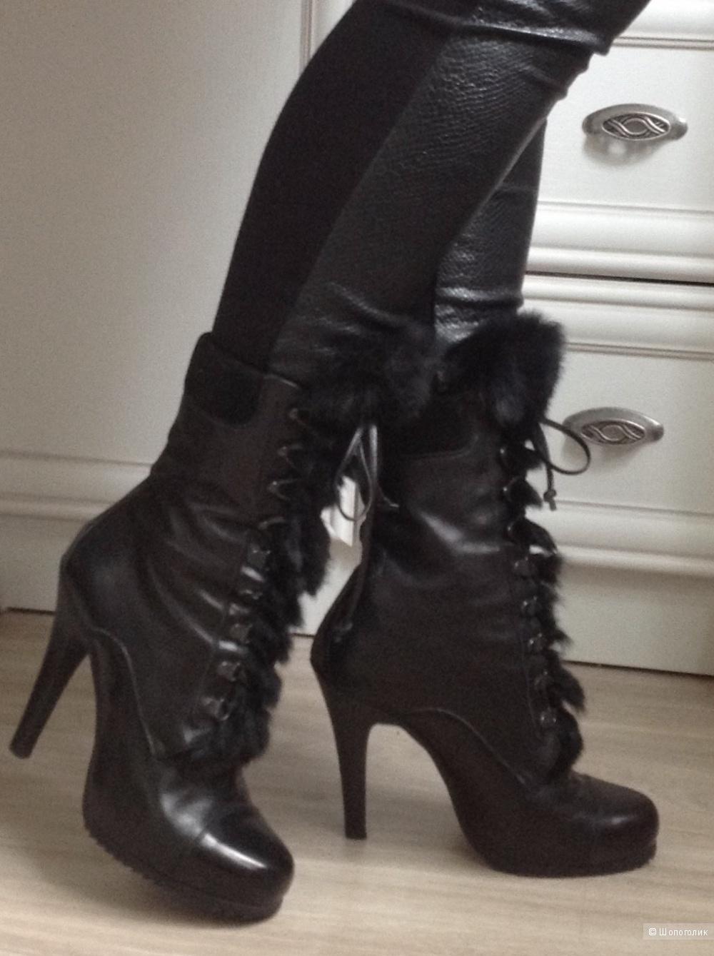 Ботильоны на шнуровке Barbara Bui, размер 38,5.