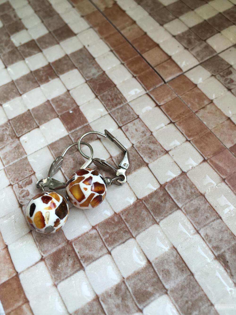 Серьги с осколками янтаря