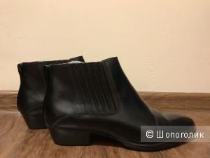 Ботинки Massimo Dutti (37)