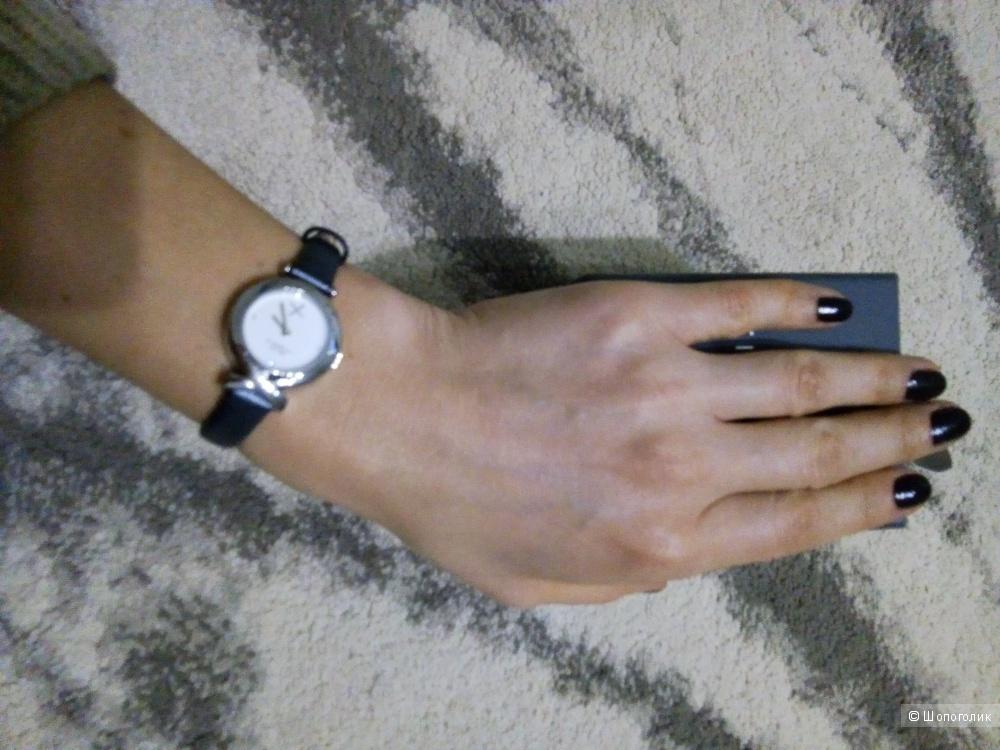 Часы женские Fiorelli