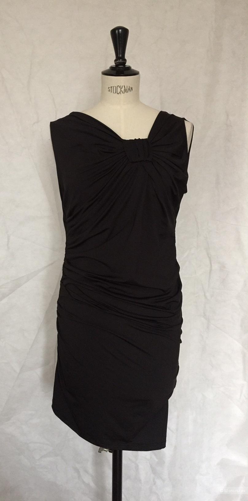 Черное платье футляр  марки 3 suissescollection размер xs