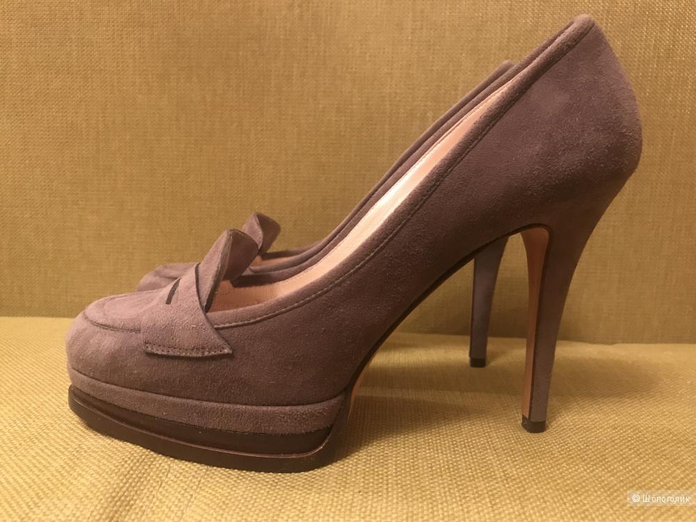 Туфли Casadei 36 размер