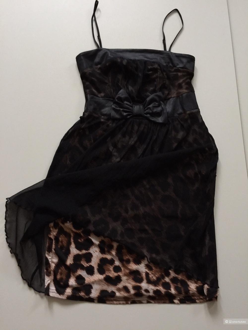 Коктельное платье марки TOPSHOP размер xs